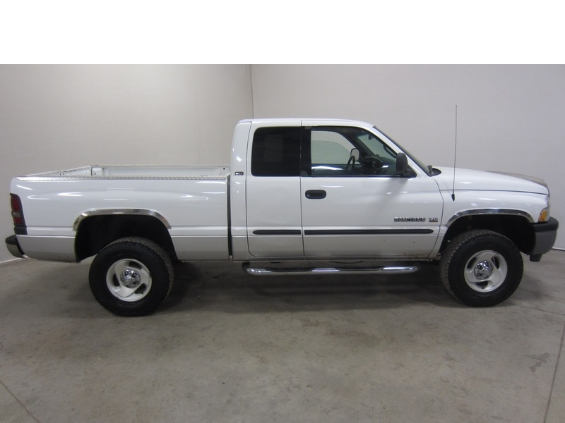 purchase used 01 dodge ram 1500 slt 5 9l v8 turbo diesel ext cab short bed rwd auto 80 pics in. Black Bedroom Furniture Sets. Home Design Ideas